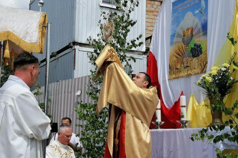 Uroczystość - Boże Ciało w kościele św. Jana Pawła II w Ignatkach - Osiedle